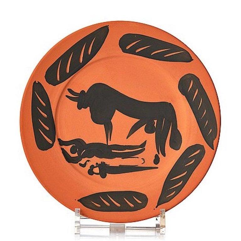Scène de Tauromachie, Pablo Picasso, 1957, Plate, Ceramic, Design, Postwar, Toro - Art by Pablo Picasso