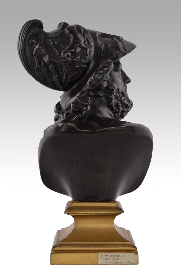 19th Century French Grand Tour bronze sculpture of Menelaus - Gold Figurative Sculpture by Italian Grand Tour