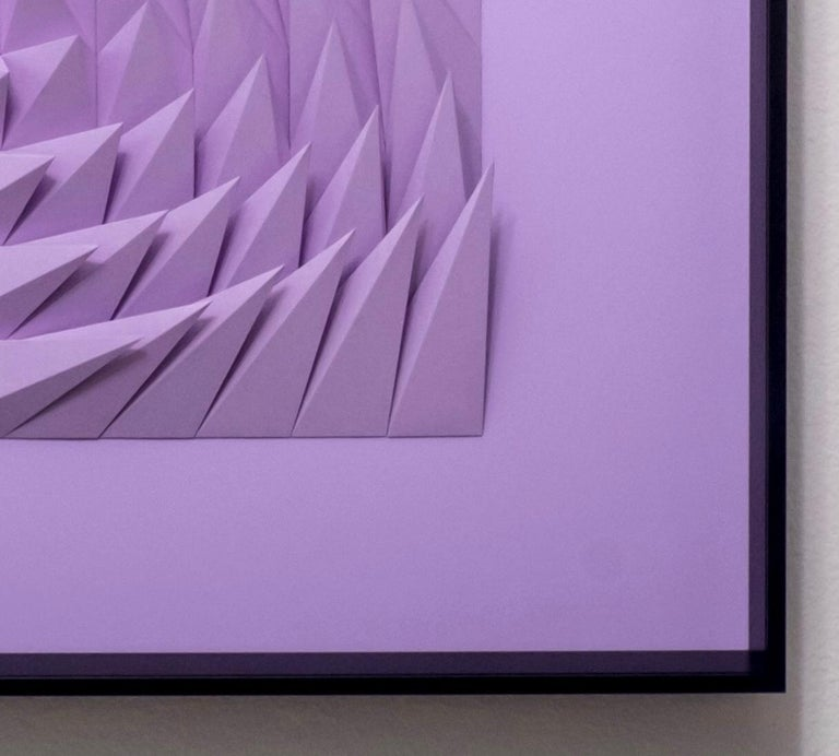 Plum swirl - Sculpture by Yossi Ben Abu