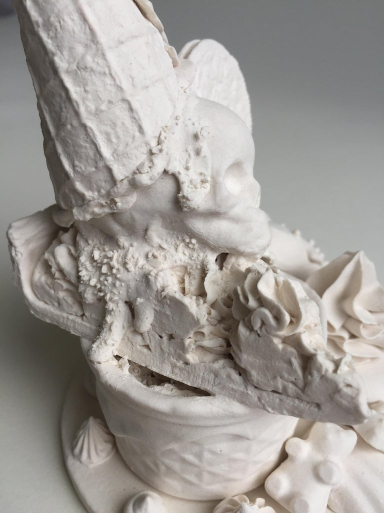 Cookies and Cream - Contemporary Sculpture by Jacqueline Tse