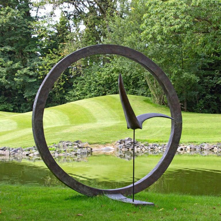 Isabelle Thiltgès Figurative Sculpture - La Grande Envolée