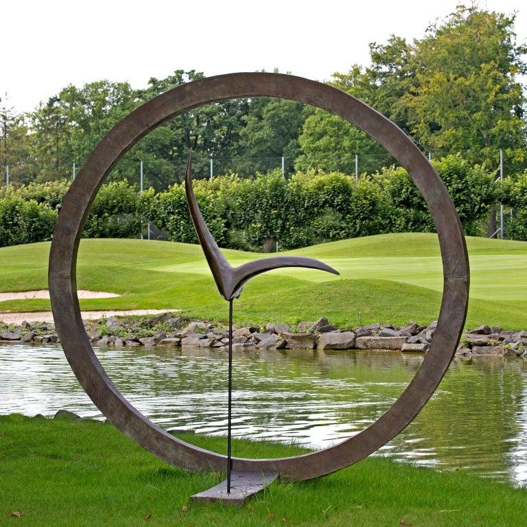 La Grande Envolée - Sculpture by Isabelle Thiltgès
