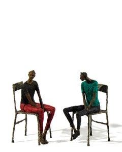 Deux attente hommes en bleu-vert et noir
