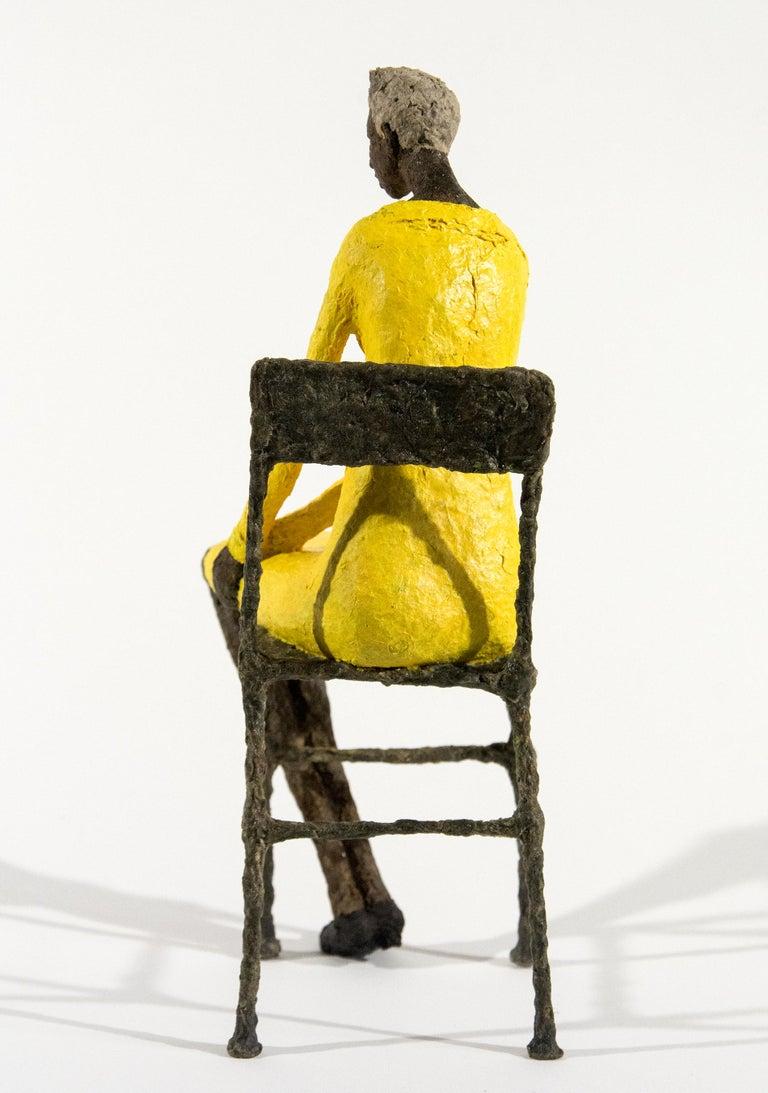 Attente dames jaune et bleu - Contemporary Sculpture by Paul Duval