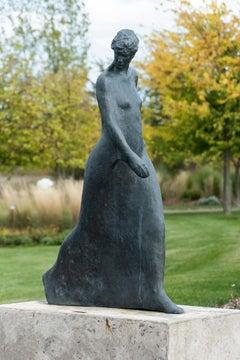 Pas Seul 4/9 - figurative, female, bronze, outdoor sculpture