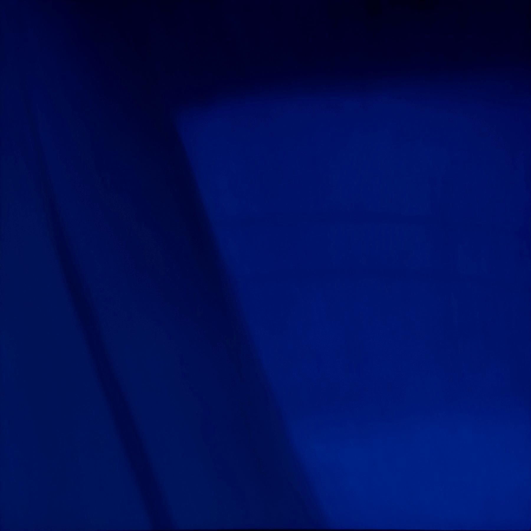 Reflections on Crossing XXXVII / Cobalt Blue, architecture, minimalism