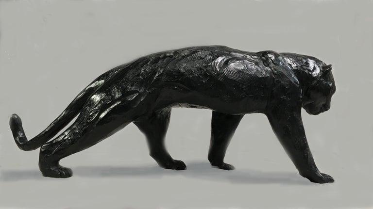 Jorge Borras Figurative Sculpture - Panthère marchand