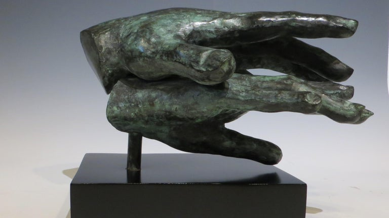 Hand game  - Contemporary Sculpture by Gerard Ramon