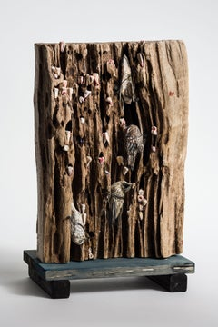 Bird on wood, sculpture: 'The Argonne Forest'