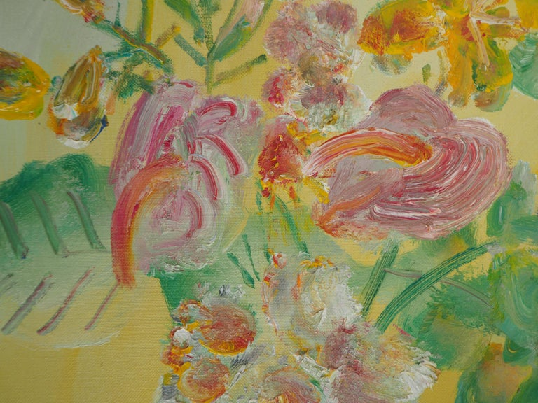 Yellow Bouquet on the Dresser - Original signed oil on canvas For Sale 2