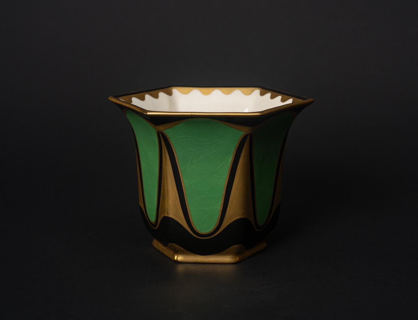 Secessionist Vase by Ernst Wahliss for Serapis-Wahliss