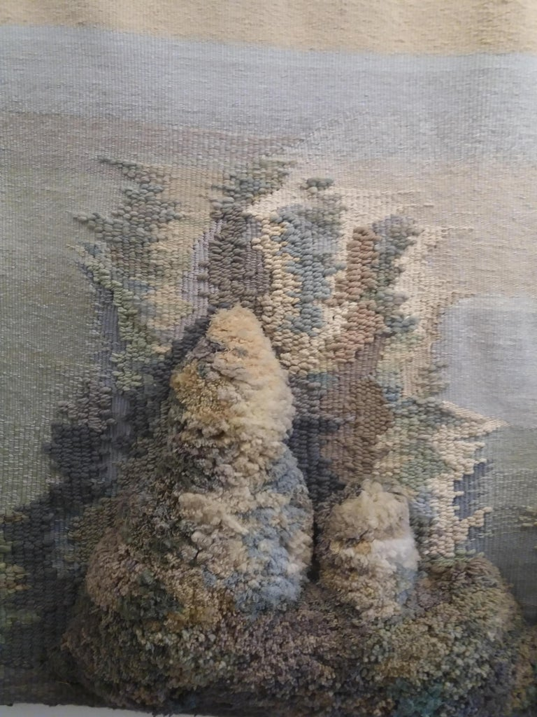 Birth of Venus. Original tapestry RAVENTÓS Mª Assumpció – (San Sadurní d'Anoia, Barcelona 1930). Raventos trained at the elite Sant Jordi School of Fine Arts in Barcelona. Raventós expanded her studies in etching and lithography at the Friedlaender