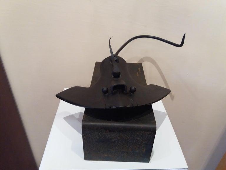 Pez manta Original  unic contemporary iron sculpture For Sale 1