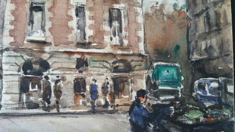Ecole de Paris Mid 20th Century, A City Street Scene - Gray Landscape Painting by Henri Miloch