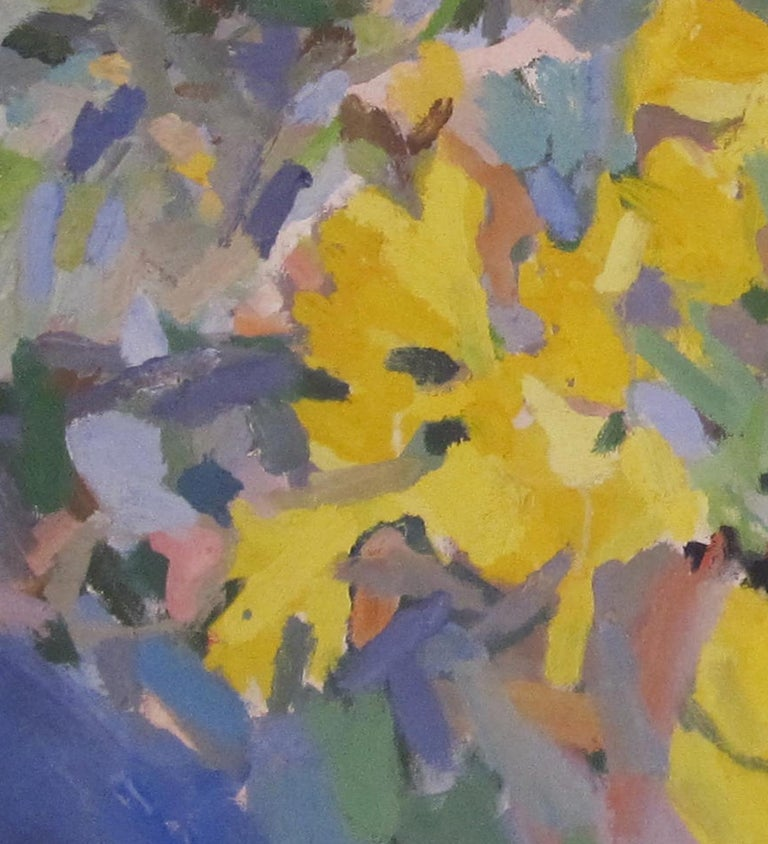 British Contemporary oil painting of Daffodils by artist Rosie Montford - Gray Still-Life Painting by Rosie Montford