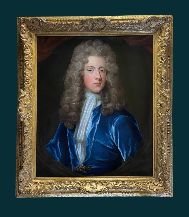 18TH CENTURY ENGLISH OIL PORTRAIT OF A YOUNG GENTLEMAN IN A BLUE VELVET COAT For Sale 1
