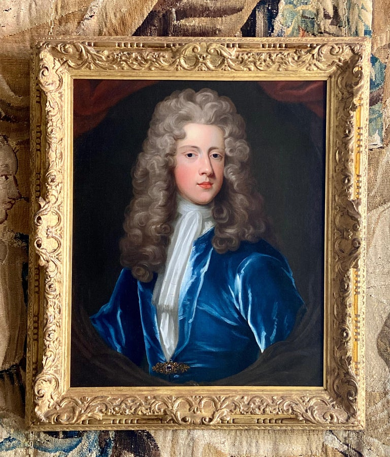 18TH CENTURY ENGLISH OIL PORTRAIT OF A YOUNG GENTLEMAN IN A BLUE VELVET COAT For Sale 5