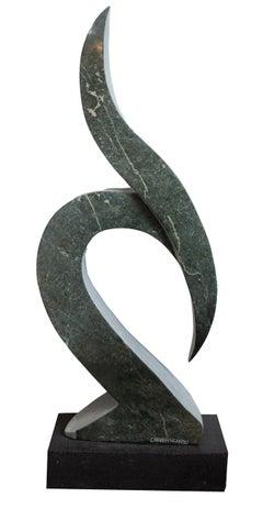 'Saluting Bird' original opal serpentine sculpture signed by Canaan Ngandu