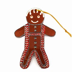 Gingerbread Man with Heart Suspenders and 5 Buttons