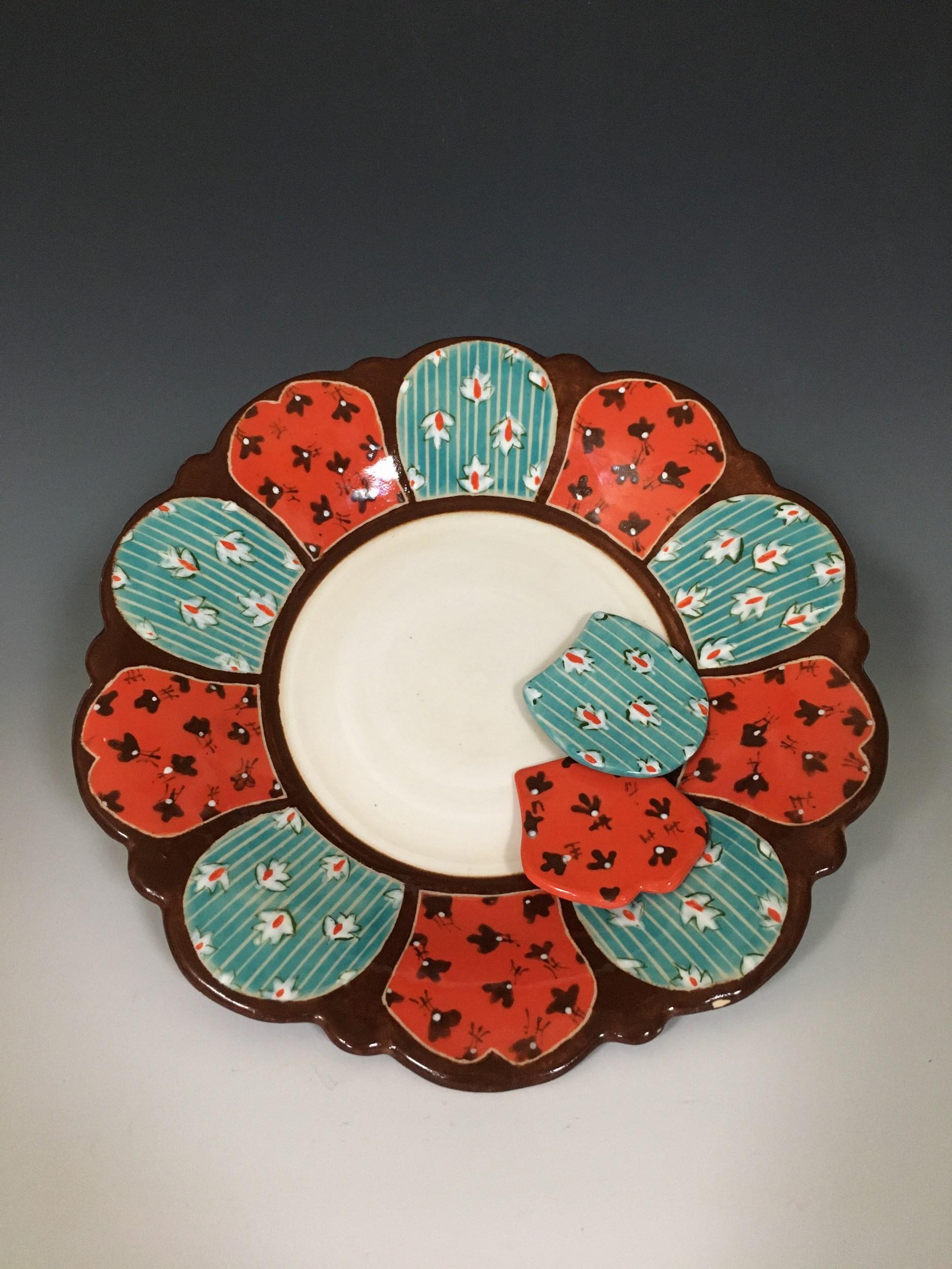 Brown 10 Petal Plate