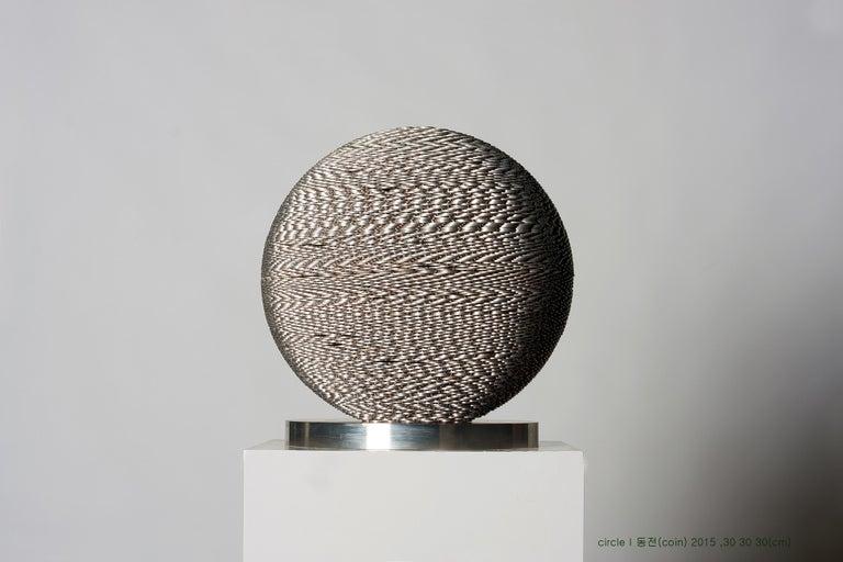 Kim Seungwoo Figurative Sculpture - Circle II