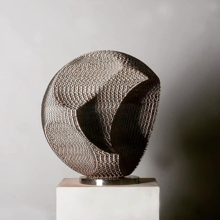 Kim Seungwoo Abstract Sculpture - Apple