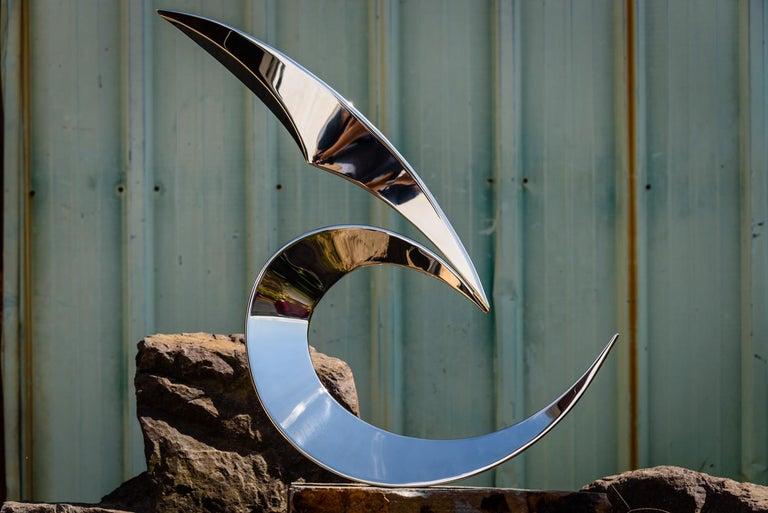 Ryan T. Schmidt Abstract Sculpture - Cardinal