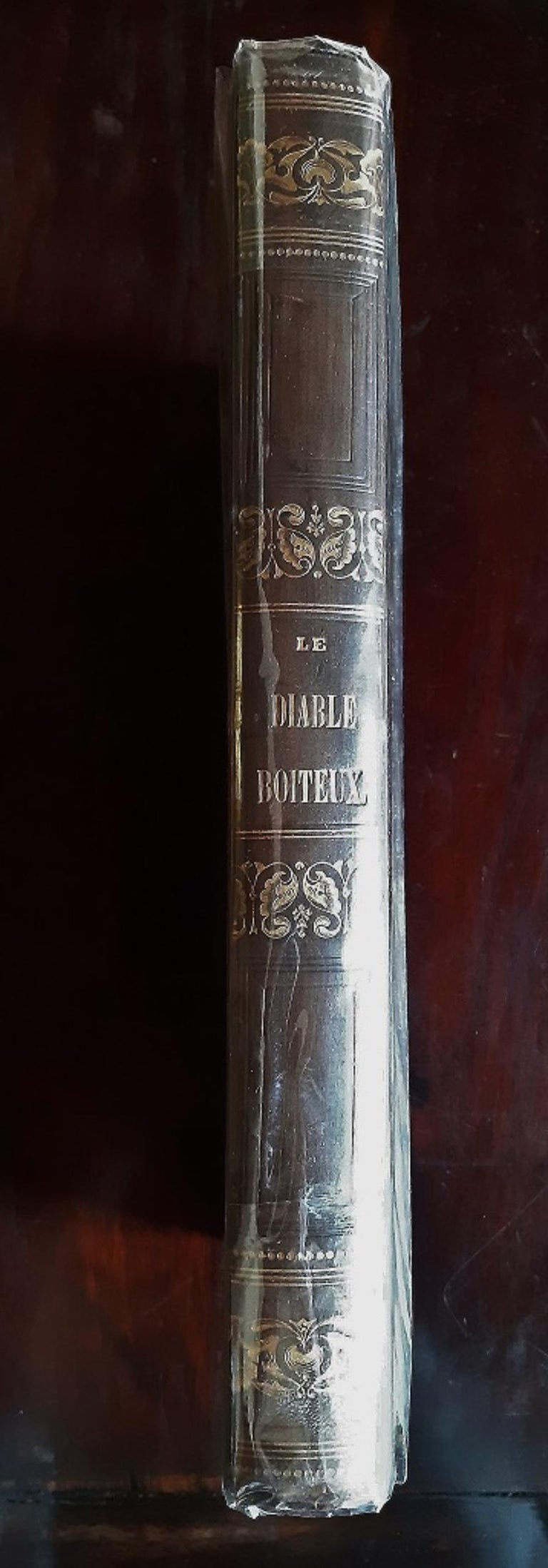 Le Diable Boiteux - Rare Book Illustrated by Tony Johannot - 1840 For Sale 8