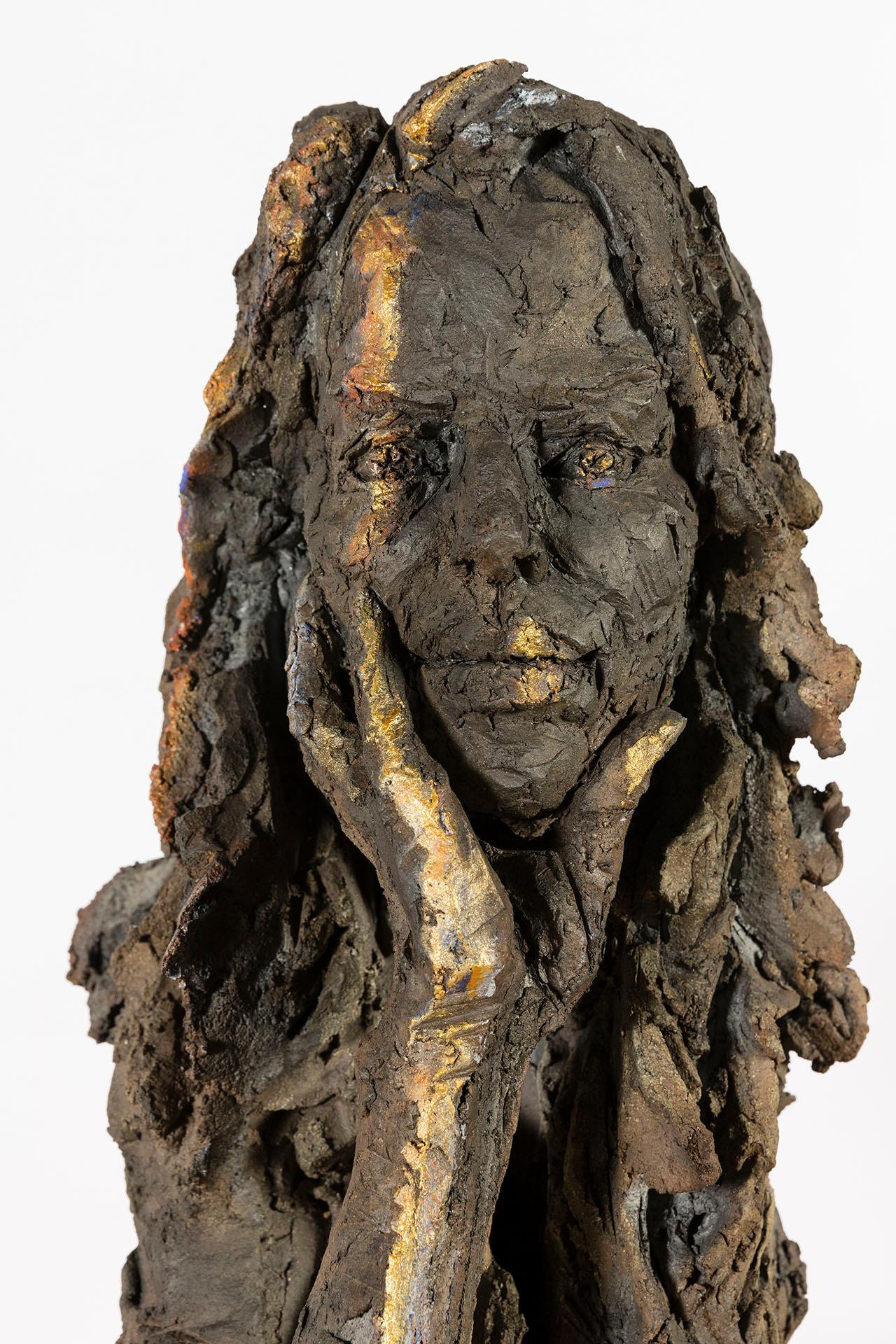 Belle au bois… Aurore, Female Portrait Bust, Ceramic Sculpture