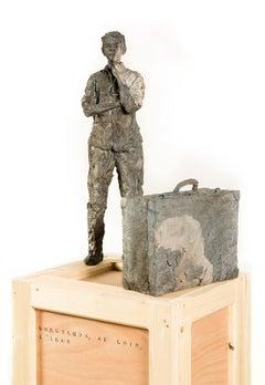 Longtemps, au loin, l'Iran (avec Émilien) - Male Portrait, Ceramic Sculpture