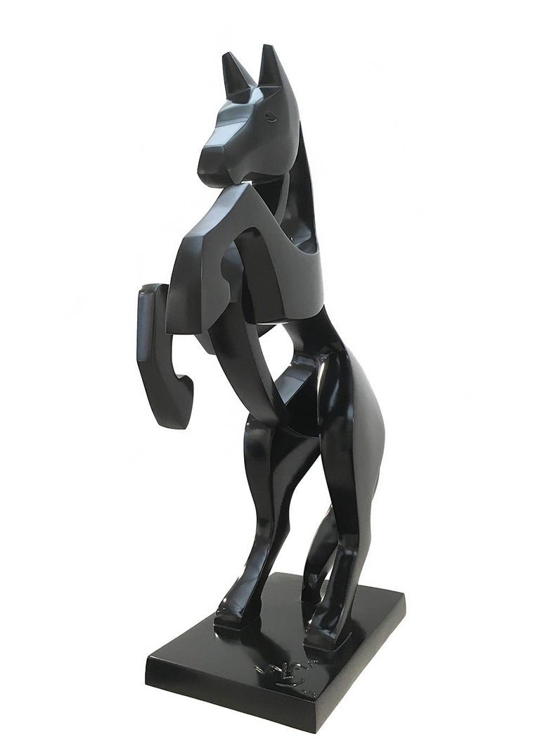 Rearing Horse by Eric Valat - Animal sculpture, Polyester For Sale 2
