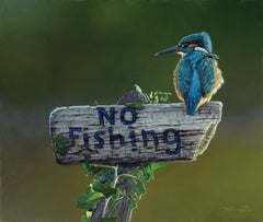 Contemporary Realist Wildlife Bird oil painting 'Kingfisher' by Ben Waddams