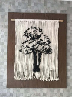 Beautiful Hanging Detailed Tree Upon Ropes