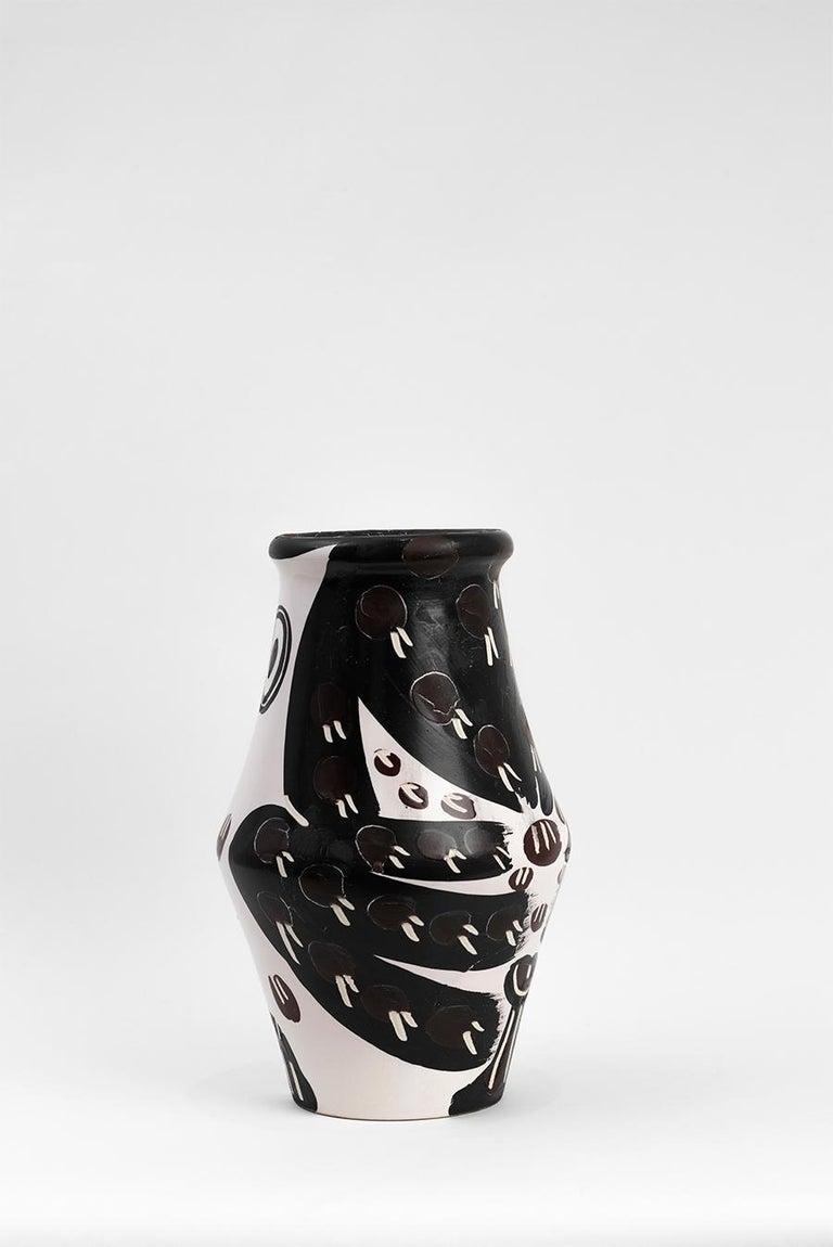 Pablo Picasso - Madoura Ceramic: Black and Brown Owl (Hibou Marron Noir) For Sale 1
