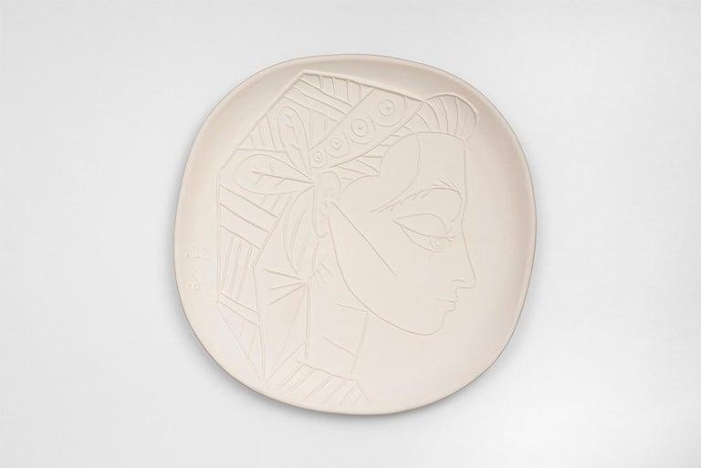 Pablo Picasso - Madoura Ceramic: Jacqueline's Profile (Profil de Jacqueline) - Art by Pablo Picasso