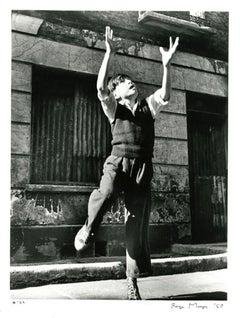 Footballer Reaching, Brindley Road, 1957 - Roger Mayne (Black and White)