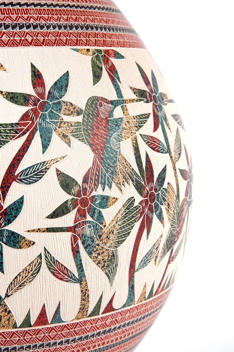 8'' Vasija Multicolor / Ceramic Mexican Folk Art from Mata Ortiz For Sale 5