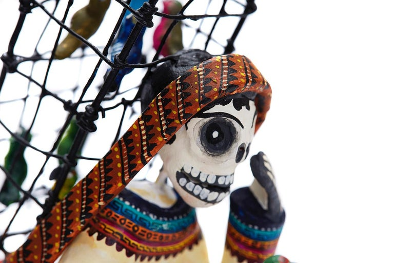Vendedor de pájaros - Bird seller - Mexican Folk Art  Cactus Fine Art - Sculpture by Taller Alfonso Castillo Orta