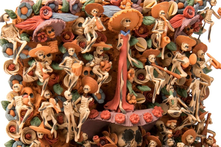 Ofrenda Dia de Muertos / Ceramics Mexican Folk Art Miniature  For Sale 2