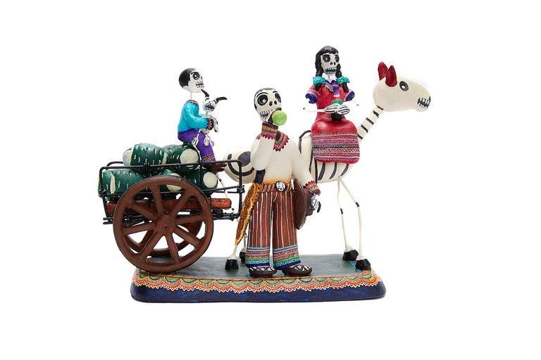 Taller Alfonso Castillo Orta Figurative Sculpture - Familia del Mezcal - Mezcal Family - Mexican Folk Art  Cactus Fine Art
