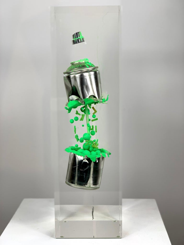 Green Spray in two parts For Sale 2