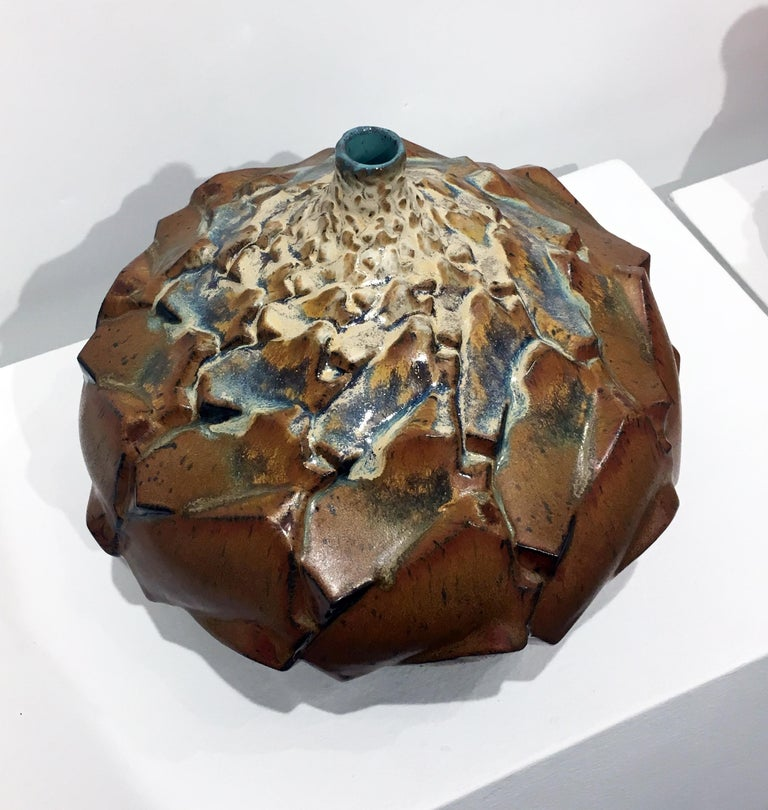 Parallellogram 02, Ceramic Sculpture with Repeating Geometric Pattern, Stoneware - Brown Abstract Sculpture by Judith Ernst