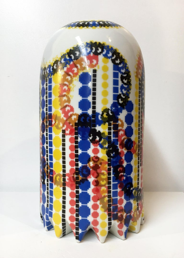 Contemporary Ceramic Sculpture with Colorful Decals, Porcelain with Glaze - Beige Abstract Sculpture by Jesse Small