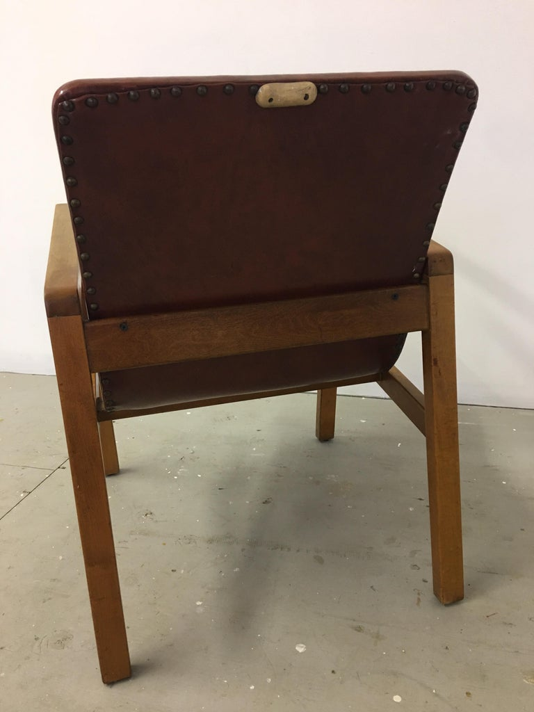 Aalvo Aalto for Artek Hallway Chair Model 403 In Good Condition For Sale In Philadelphia, PA