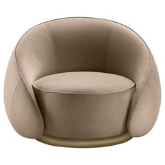 Abbracci Armchair in Beige Leather with Brown Burnished Brass Legs