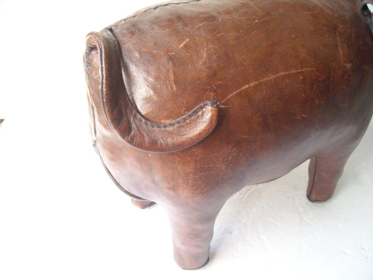 Abercrombie and Fitch Pair of Leather Pigs by Dimitri Omersa, Footstools, Stool In Excellent Condition For Sale In Los Angeles, CA