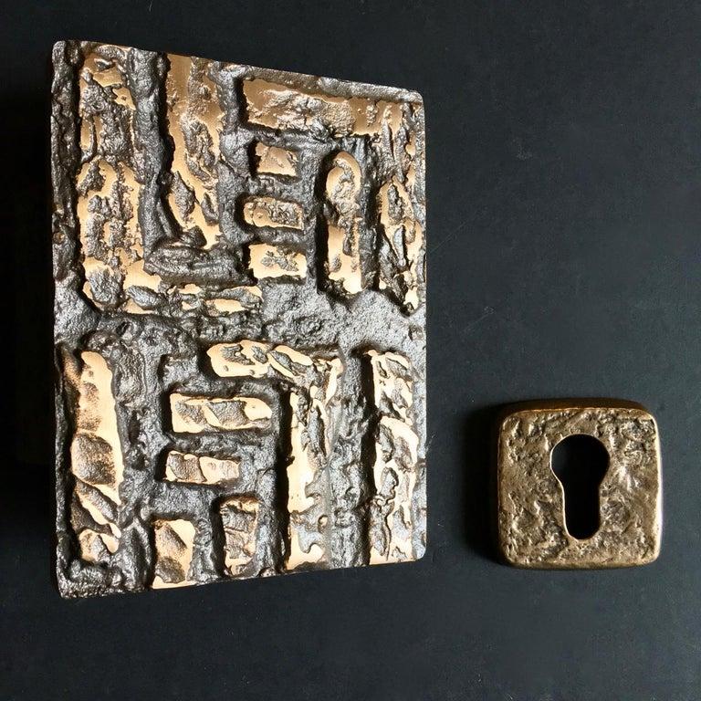 20th Century Abstract Bronze Door Handle & Escutcheon 'Unused', 1960s For Sale