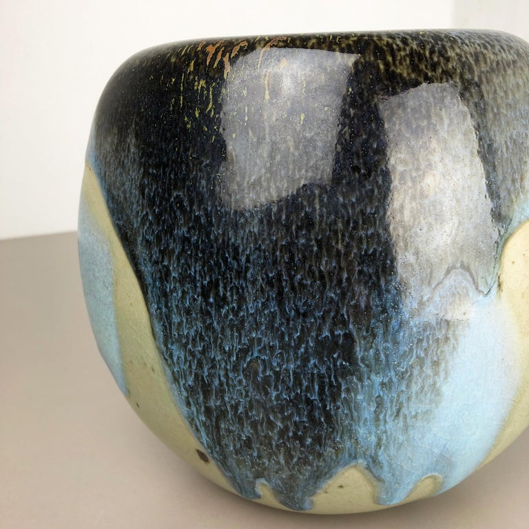 Abstract Ceramic Studio Stoneware Vase by Gotlind Weigel, Germany, 1960s For Sale 1