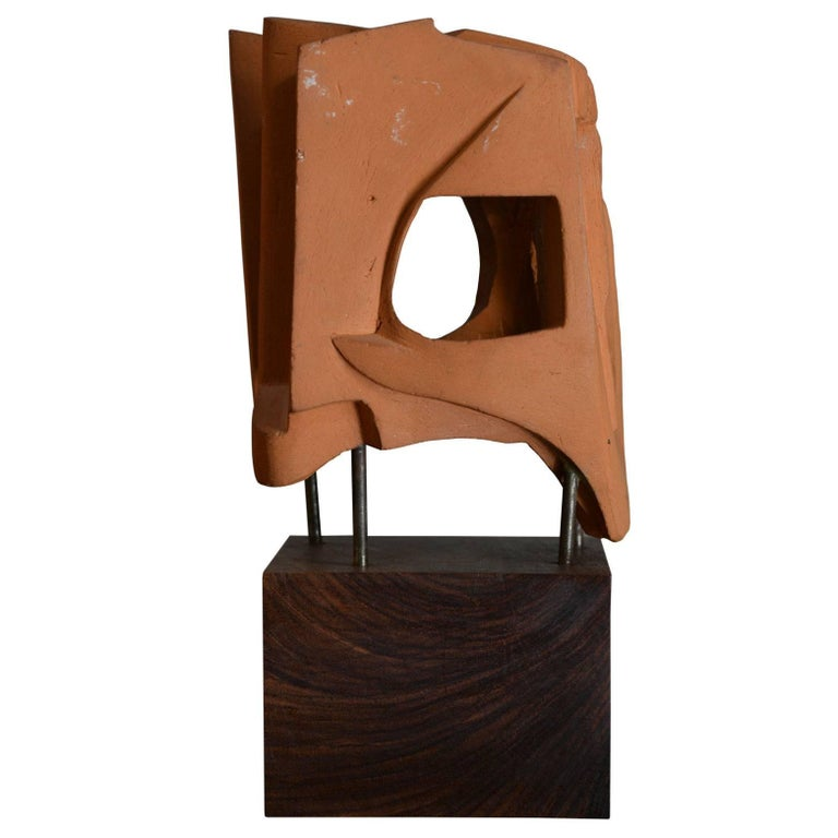 Abstract Sculpture in Terracotta, Italy, 1968 In Excellent Condition For Sale In Roma, IT