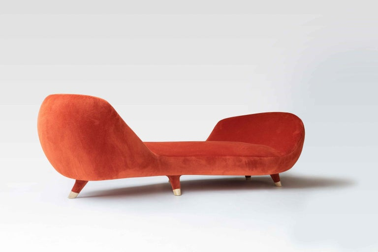 Sahara is a beautiful new chaise by the architect and designer Achille Salvagni. This extra long piece features the Roman's signature retinue of stunning attributes, ultra plush upholstery, an elegant asymmetry, and jaunt, playful feet capped with